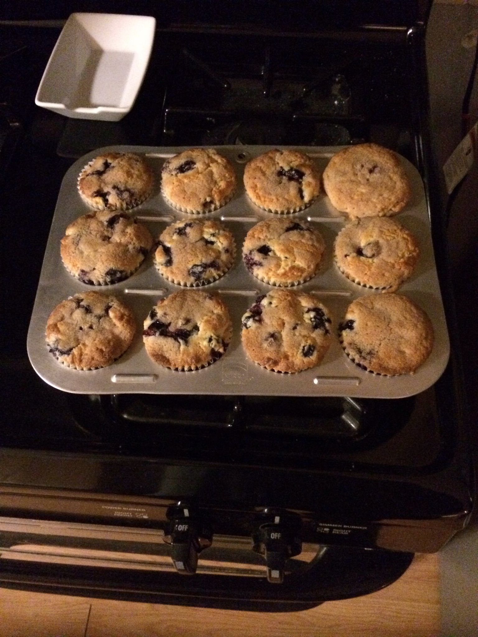 How to Cook Crumb-Topped Blueberry Muffins
