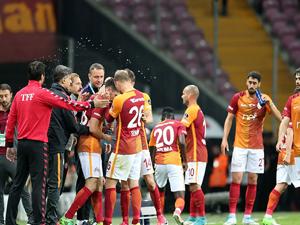 Galatasaray, maç fazlasıyla üçüncü!