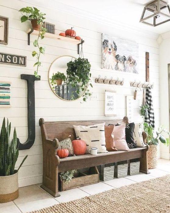 entryway ideas farmhouse; small entryway decor; DIY entryway ideas; #entrywayideas #homedecor