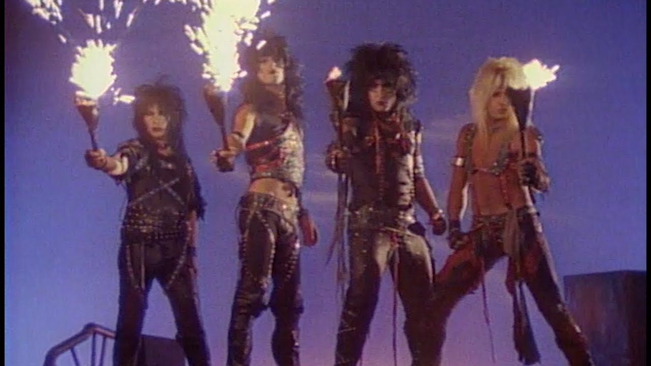 Motley Crue Looks That Kill Official Music Video Youtube In 2020 Music Videos Youtube Videos Music 90s Music Videos