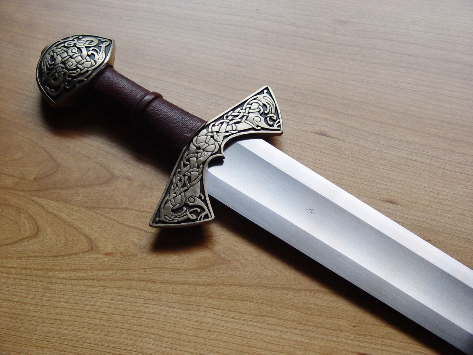 how to make an ulfberht sword