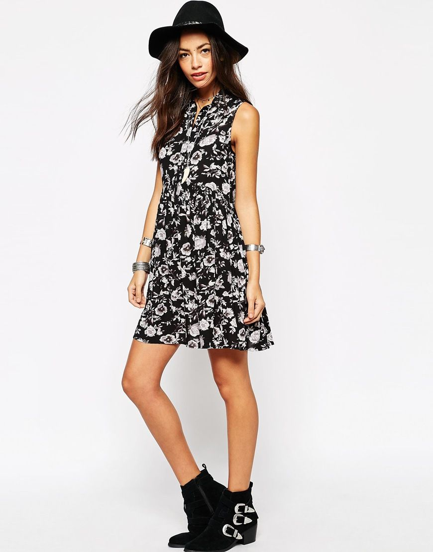 Image 4 of New Look Mono Floral Shirt Dress