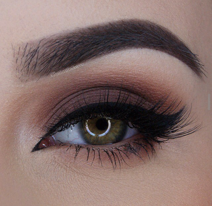 Instagram Miaumauve Brown Smoky Eye MAC paint pot in