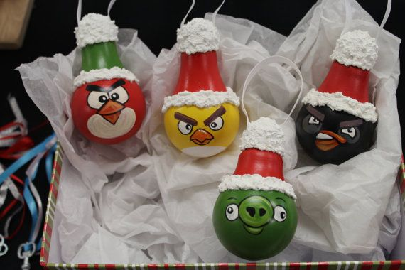 Hand Painted Angry Bird light bulbs from by DesignsbyJodyRife $40