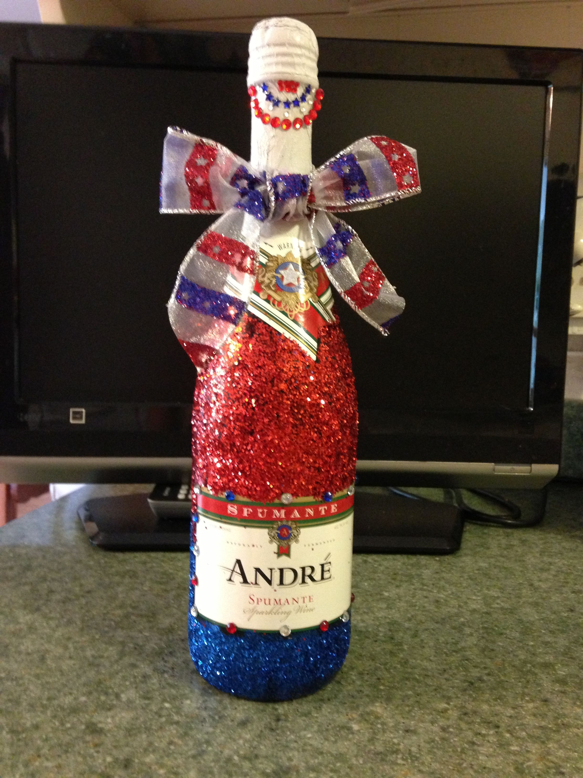 Red White And Blue Glitter Champagne Bottle Glitter Champagne Bottles Glitter Champagne Fun Diys