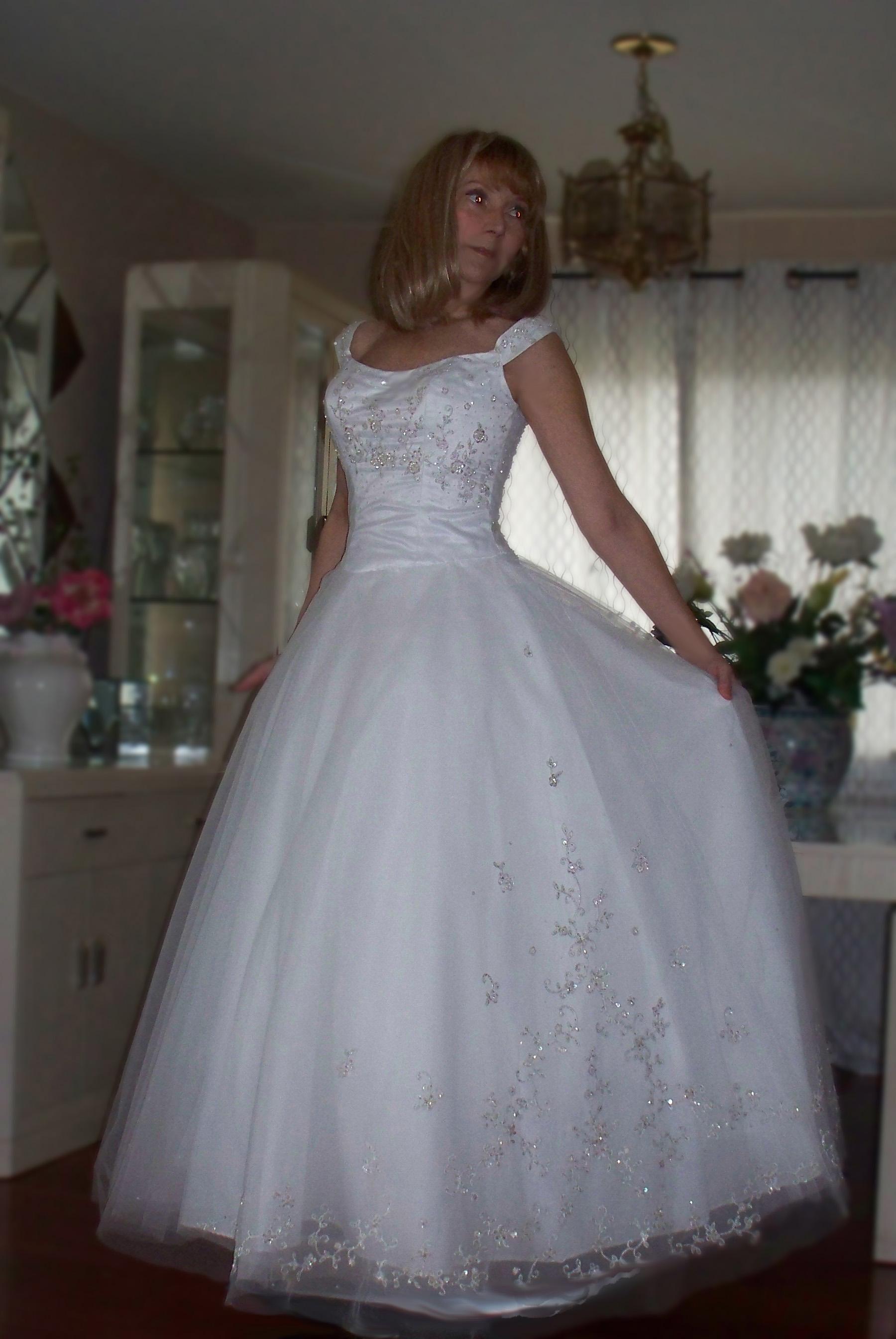 Priscilla of boston wedding dress  Holiday Sale Wedding Dress