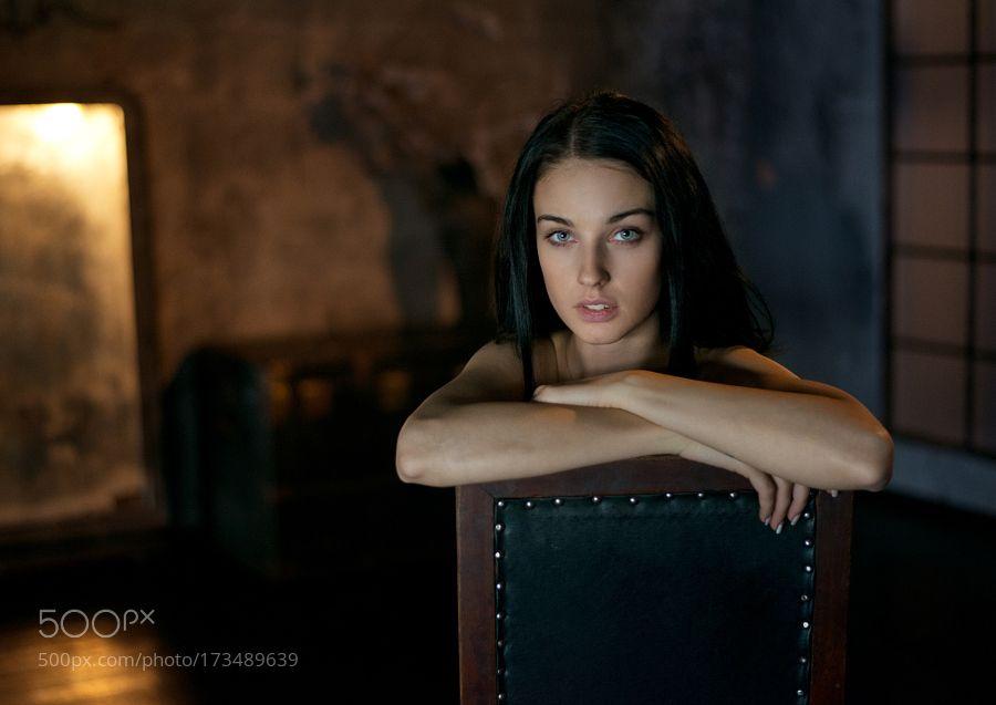 Portrait by The-Maksimov