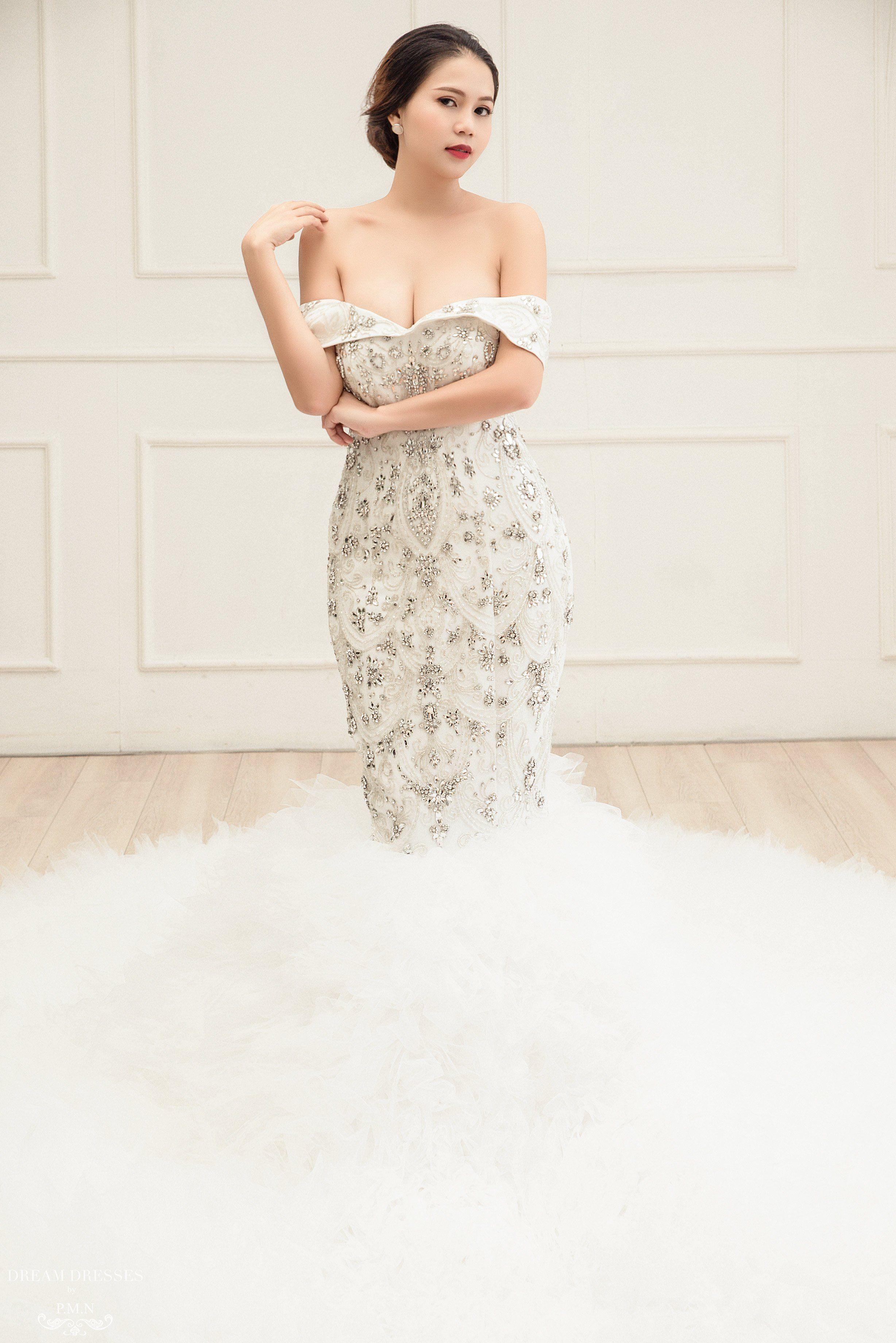 23++ Rhinestone mermaid wedding dress info
