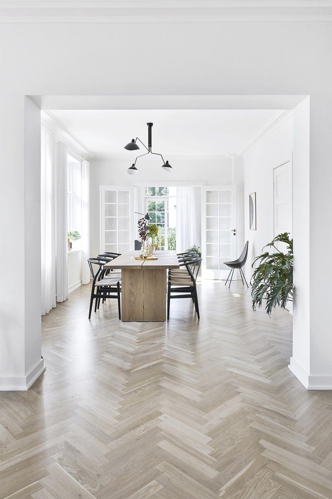 indretning spisestue Smuk villa med skarpe detaljer | Villas and Copenhagen indretning spisestue