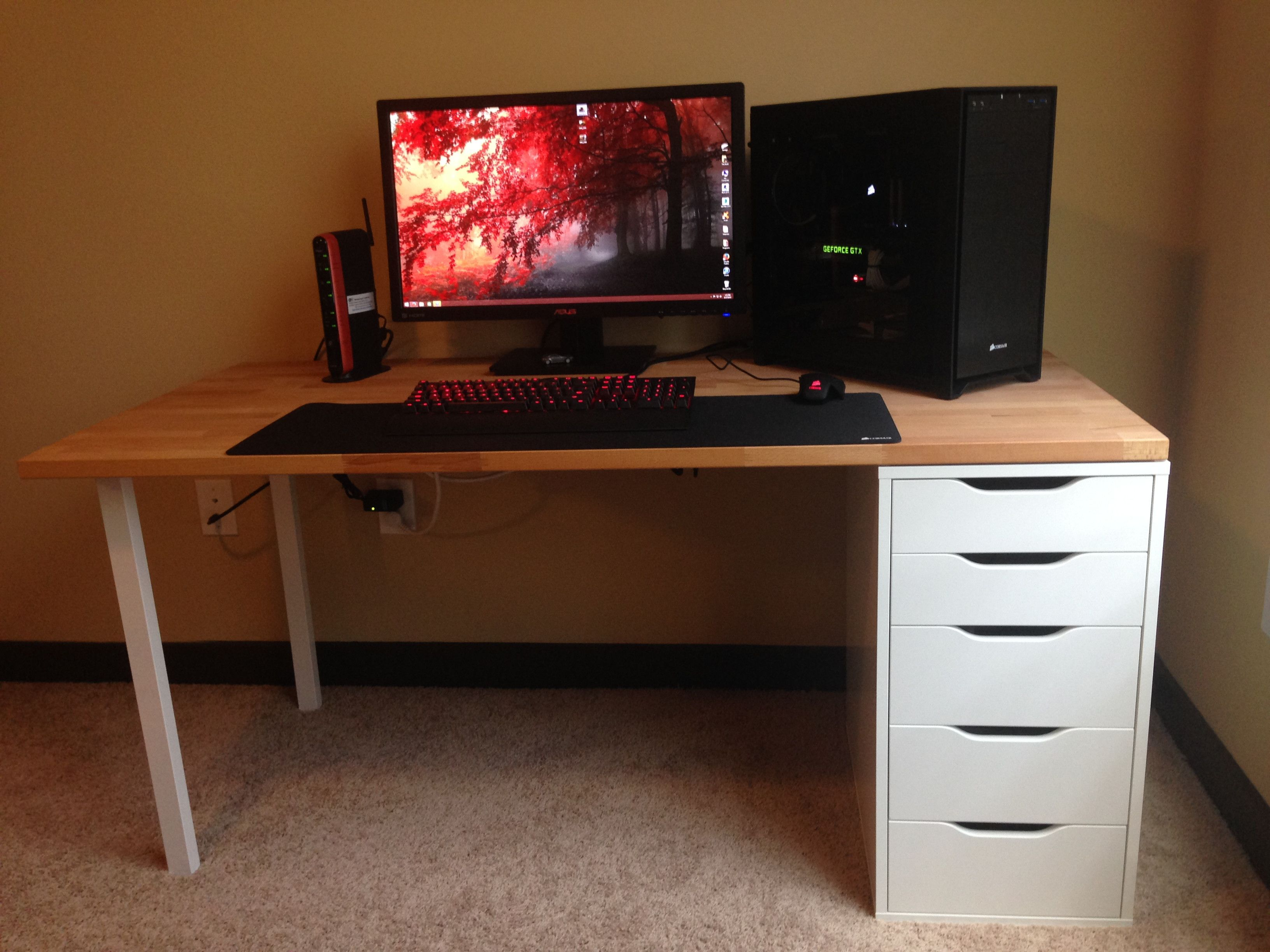 I Love This Desk Ikea The Table Top Is Called Gerton