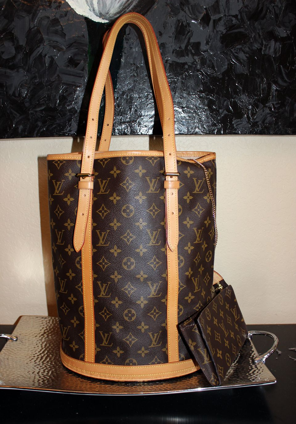 Louis Vuitton Monogram Bucket Bag With Pouch