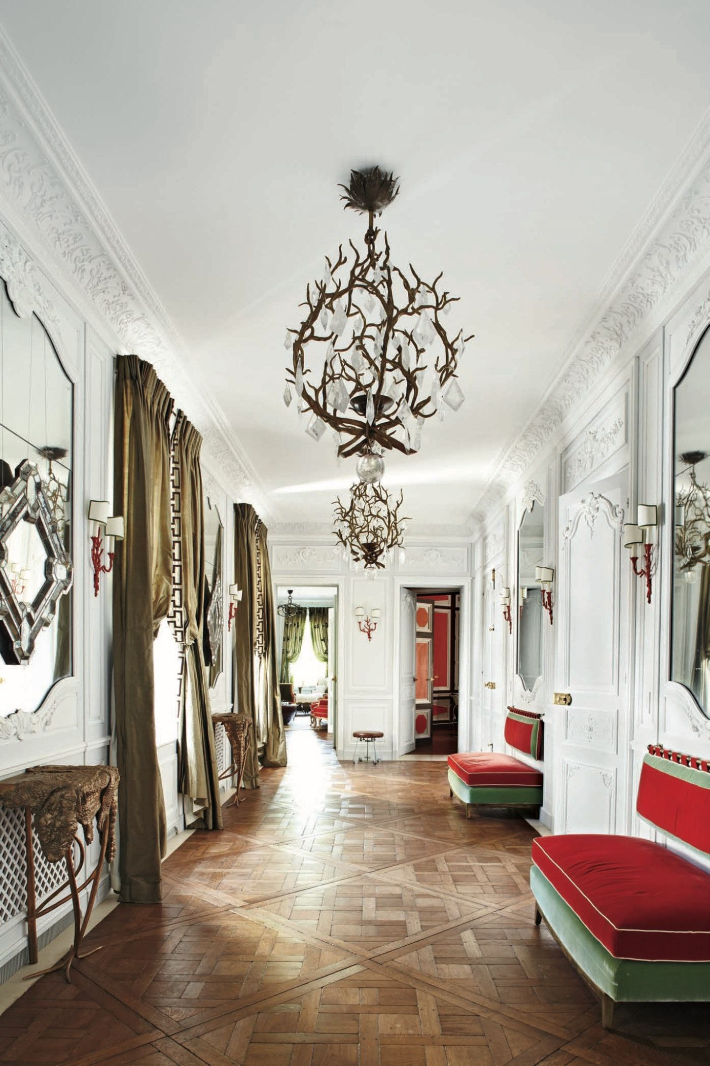 Fifth Avenue Classic Entrance Hall By Robert Couturier Inc