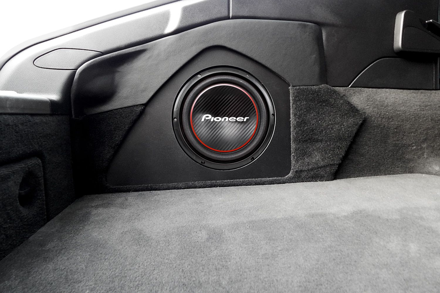 review of pioneer subwoofers 2017 car subwoofers. Black Bedroom Furniture Sets. Home Design Ideas