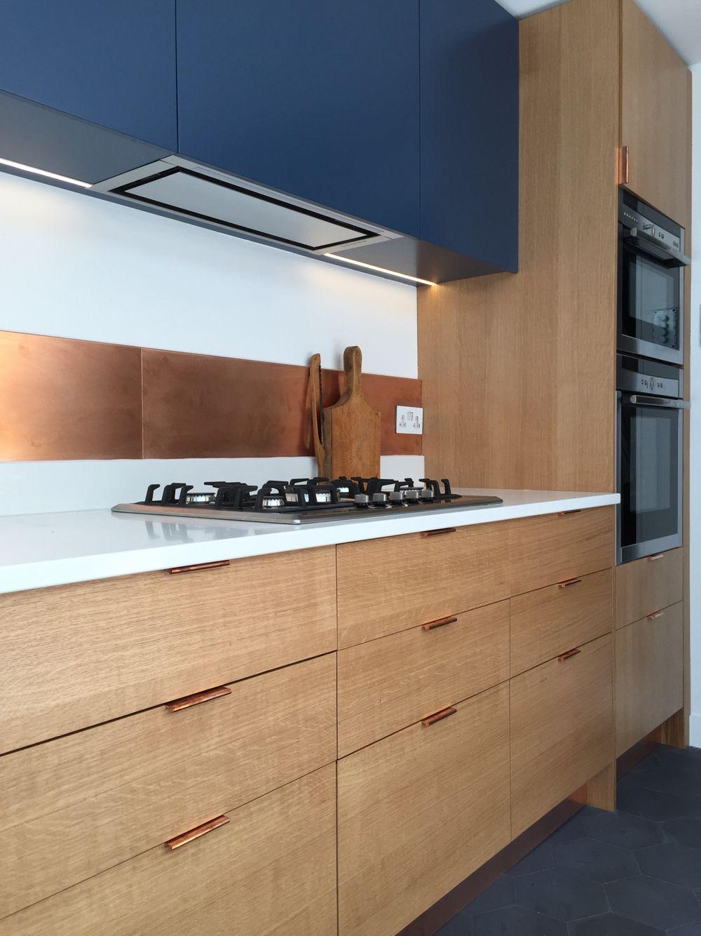 Sq1 Kitchen Medullary Ray Oak Veneer Spray Lacquered Birch Ply In 2020 Kitchen Door Handles Kitchen Inspiration Design Kitchen Handles