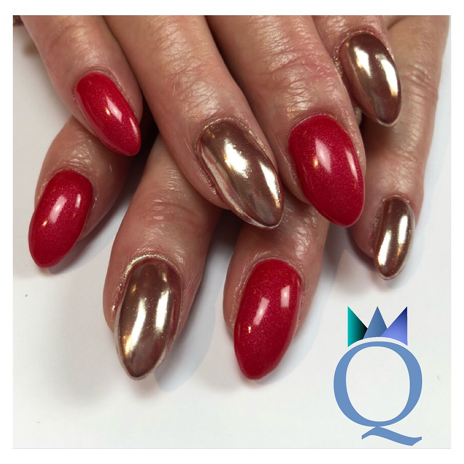 almondnails #gelnails #nails #red #chrome #mandelform #gelnägel ...