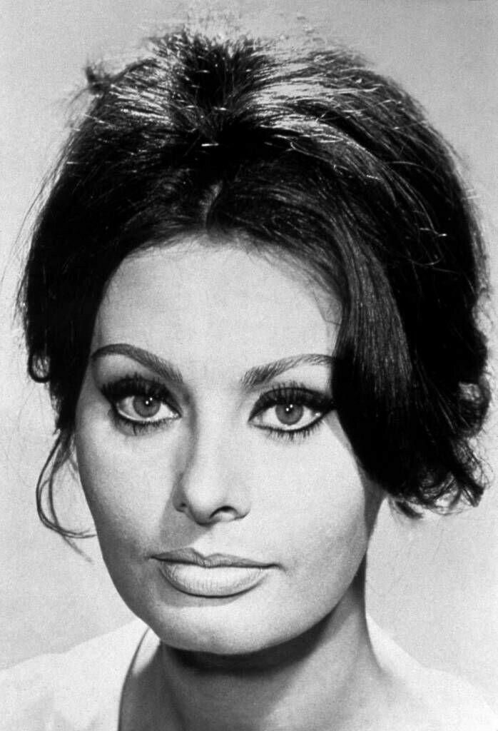 Sophia Loren-Most beau...