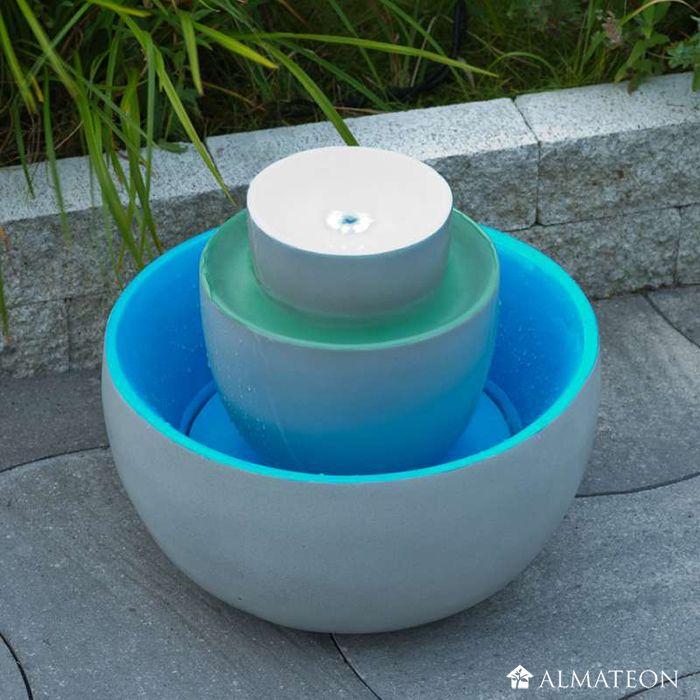 Une fontaine moderne et colorée ! TORRETTA, jeu d\u0027eau frais et - fontaine a eau d interieur