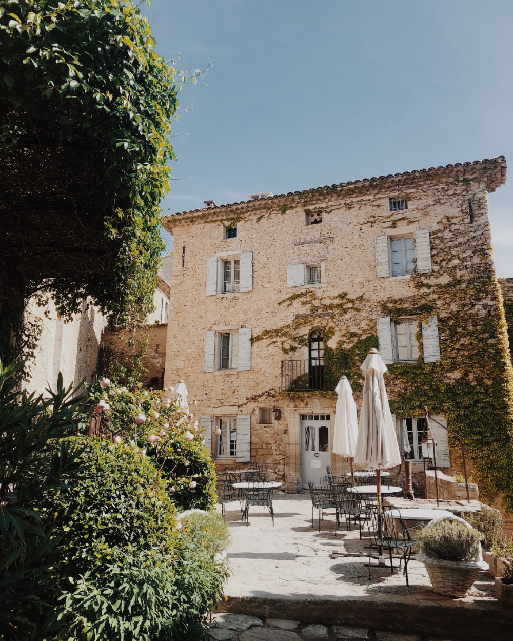 South of France: Provence — Dreams + Jeans -   18 holiday Home france ideas
