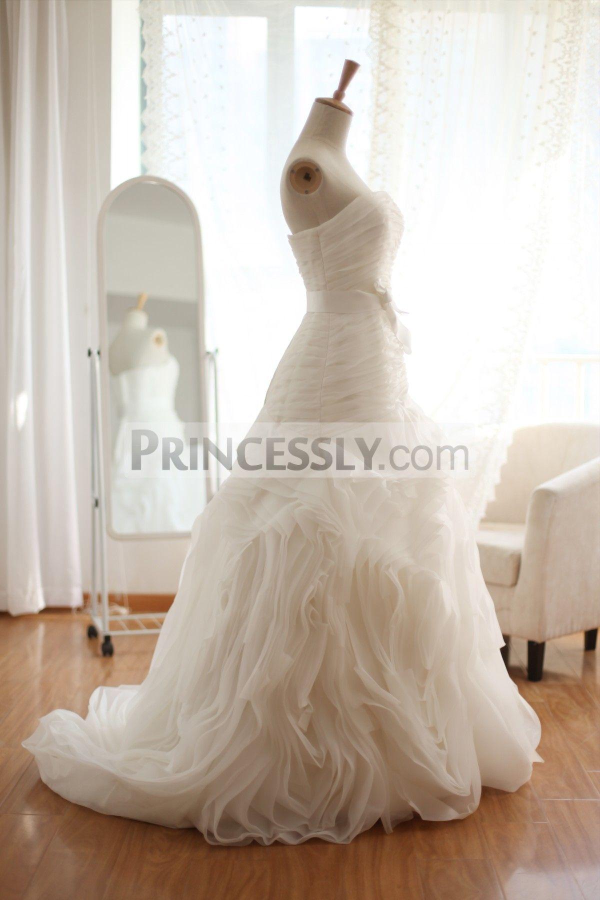 Casamento 2019 Sparkle Crystal Mermaid Wedding Dresses Lush Bottom Ruffles Brida Sparkle Wedding Dress Wedding Gowns Mermaid Mermaid Wedding Dress With Sleeves [ 1000 x 1000 Pixel ]