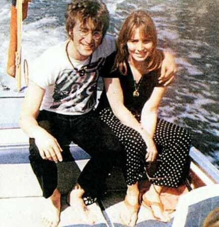 John lennon & Cynthia