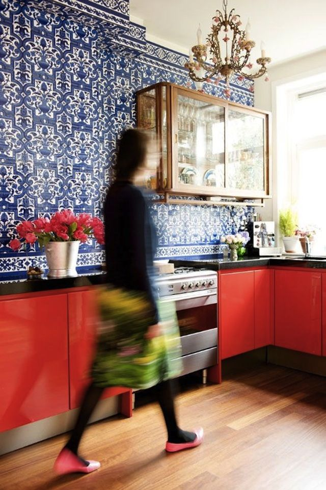 9 DIY Ideas to Spruce Up Your Kitchen Cabinets