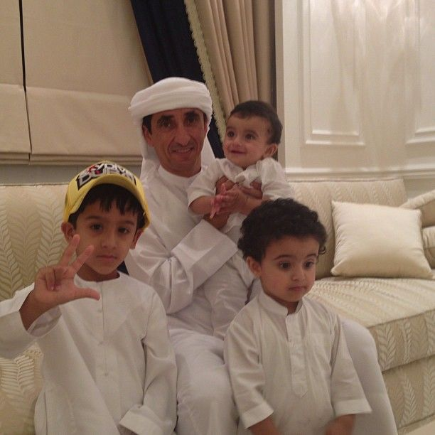 Instagram Photo By S Yaber Saeed Yaber Via Iconosquare Handsome Prince Family Photos With Baby Beautiful Moments