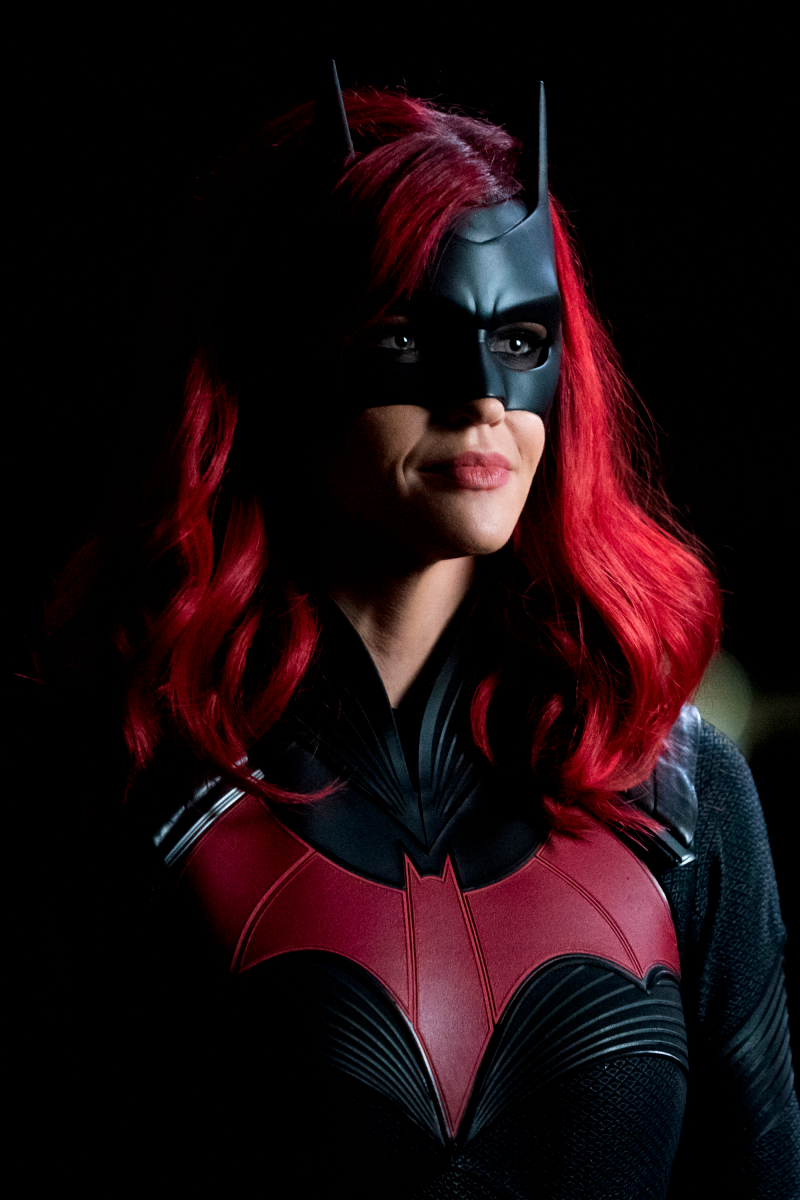 TV News Wrap-Up: 'Batwoman' to Replace Kate Kane, 'Brooklyn Nine-Nine' Cast Donates $100,000 to Black Lives Matter, Legends of Tomorrow Cast Member Departs   Tell-Tale TV