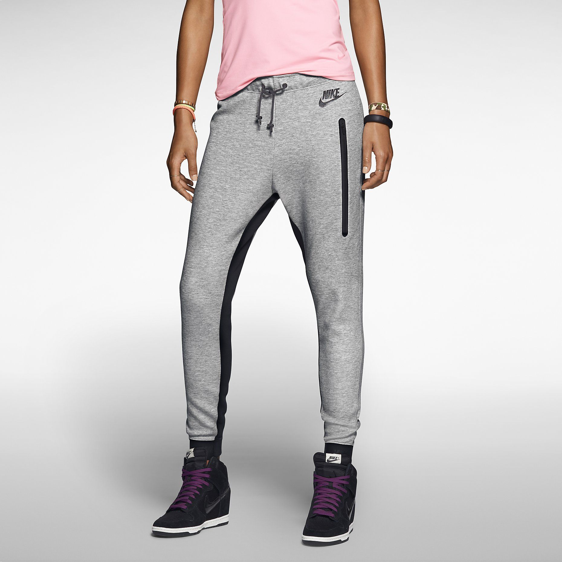 Nike Tech Pant Women's Pants. Nike Store