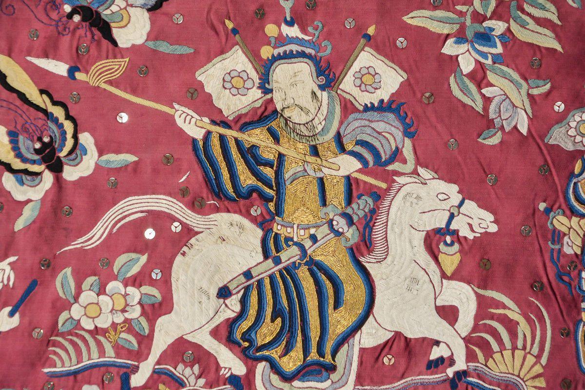 Vai trò của lụa trong hội họa truyền thống Trung Hoa