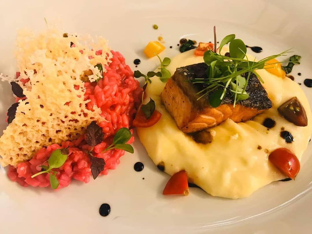 Oggi al Grand Hotel Plaza inizia la settimana dedicata all'autunno romano 🍂 Venite a gustare le prelibatezze del menù creato ad hoc dallo Chef Umberto Vezzoli, c'è tempo fino al 20 ottobre! . . .
