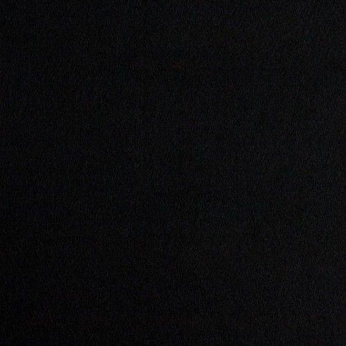 Stick Filz in schwarz    ...Super zu verarbeiten für alle Applikationen    bei 40 Grad waschbar, nicht in den Trockner, 1 Punkt bügeln       Breite 1,80m   Dicke ca 1,1mm  ca 260g/lfm