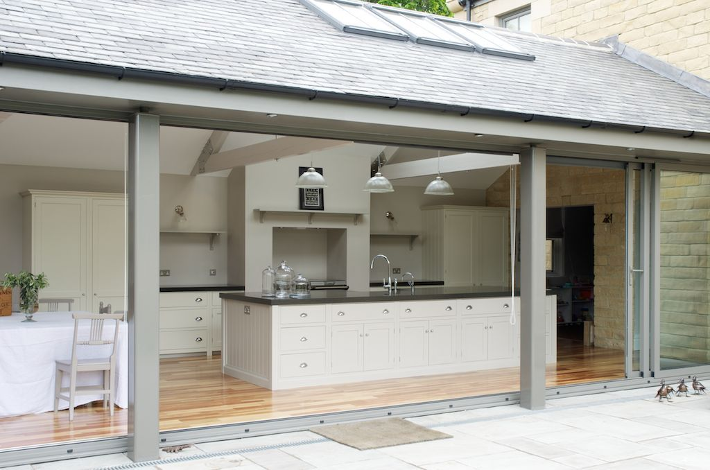 The Newcastle Shaker Kitchen by deVOL is a very modern take on the Shaker Kitchen.