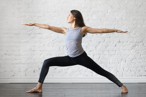 10 moves 30 minutes the ultimate thigh workout  yoga