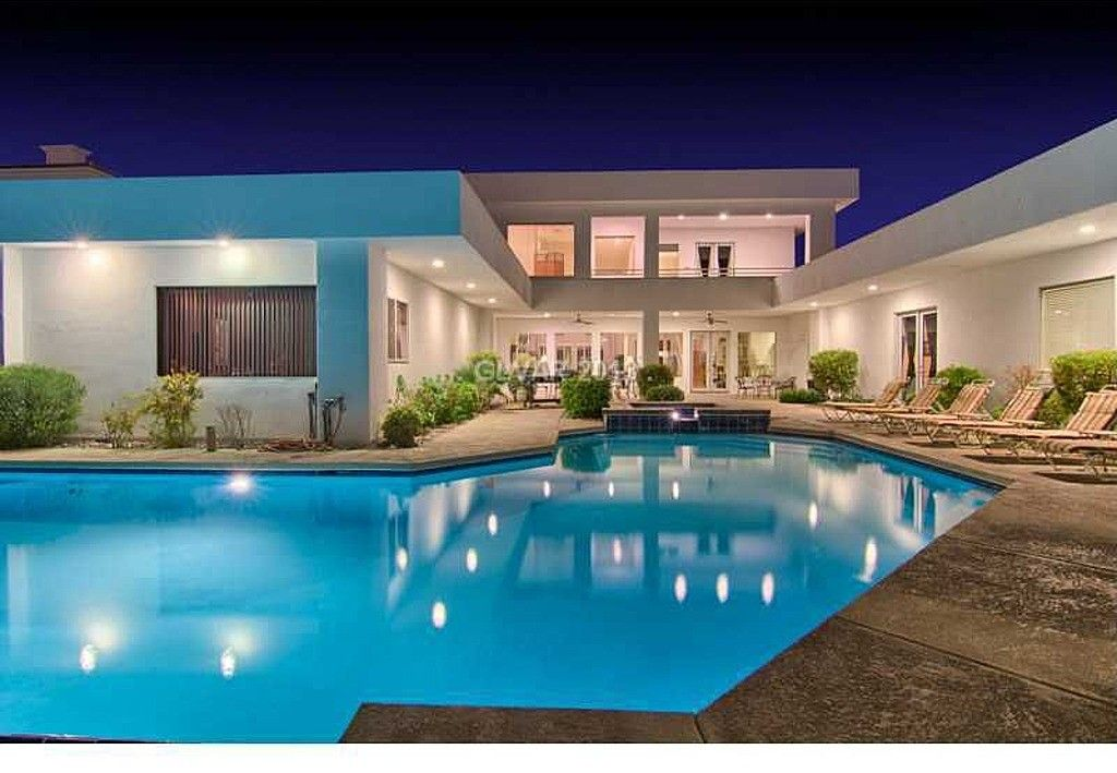 House Vacation Rental In Las Vegas From Vrbo Com Vacation Rental Travel Vrbo House Rental Las Vegas Vacation Rentals Open House Real Estate