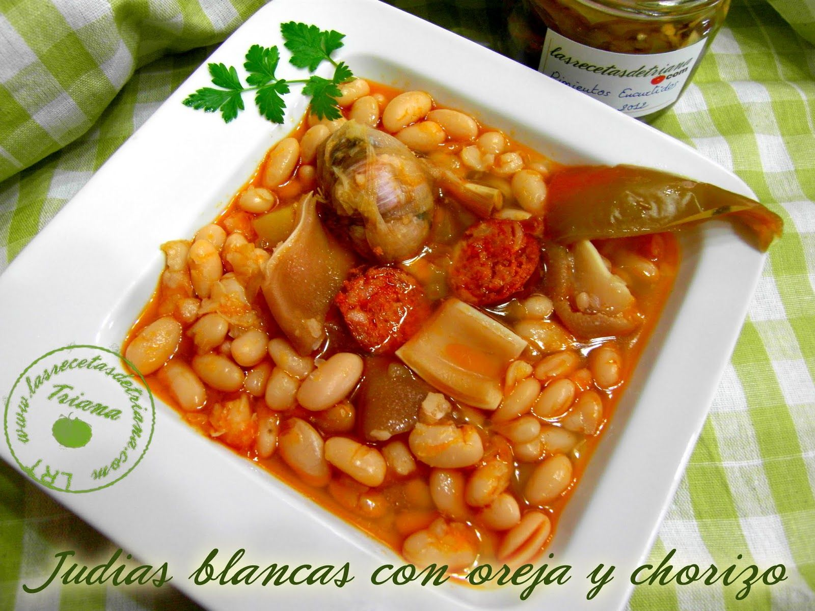 Judias Blancas Con Oreja Y Chorizo Judias Blancas Garbanzos Con Chorizo Platos Faciles De Preparar