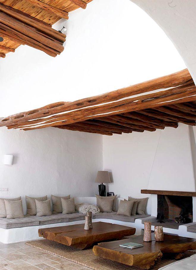 ed053d28864 Las casas mediterráneas, con su estilo, funcionalidad y sobria  arquitectura, nos han robado el corazón a todos. ¡Se te van a poner los  dientes muuuy largos!