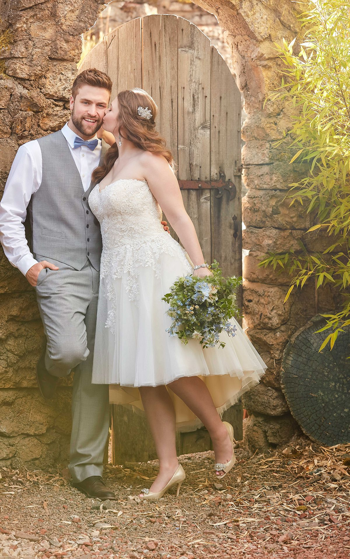 Short Wedding Dress With High Low Skirt Essense Of Australia Wedding Dresses High Low Short Wedding Gowns Essense Of Australia Wedding Dresses [ 1914 x 1200 Pixel ]