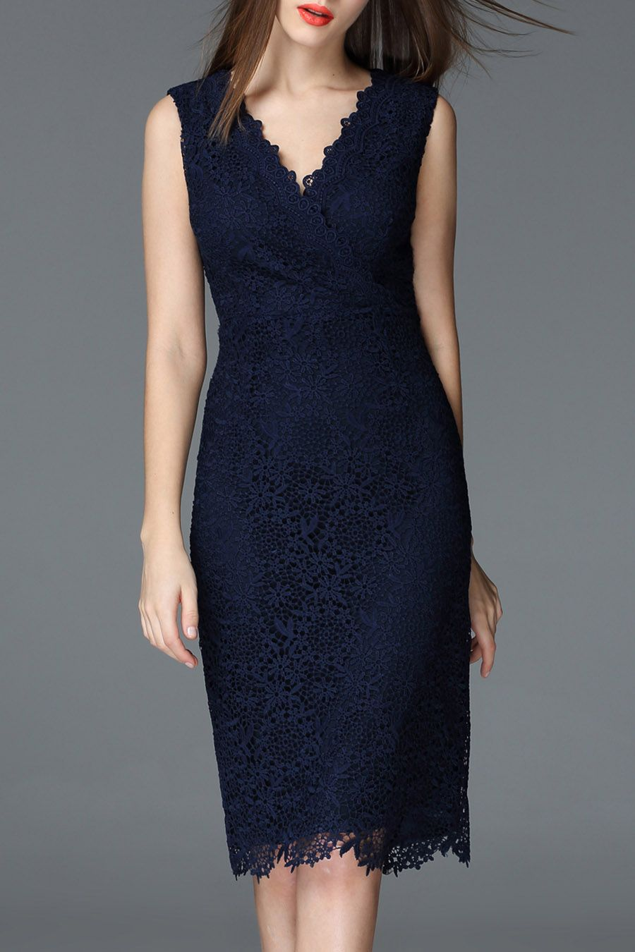 a6240e27a08a4 navy blue lace dress For the wedding | Style | Elegant midi dresses ...