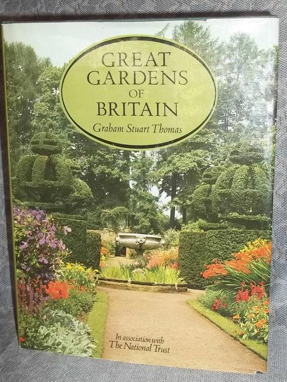 a73c190f04aa7836b4f1cadbbb82eabc - Gardens Of The National Trust Book