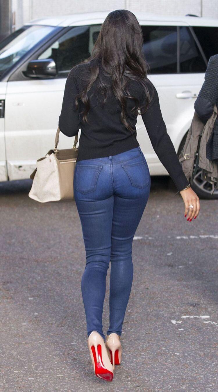 Sexy girl in tight jean-2292