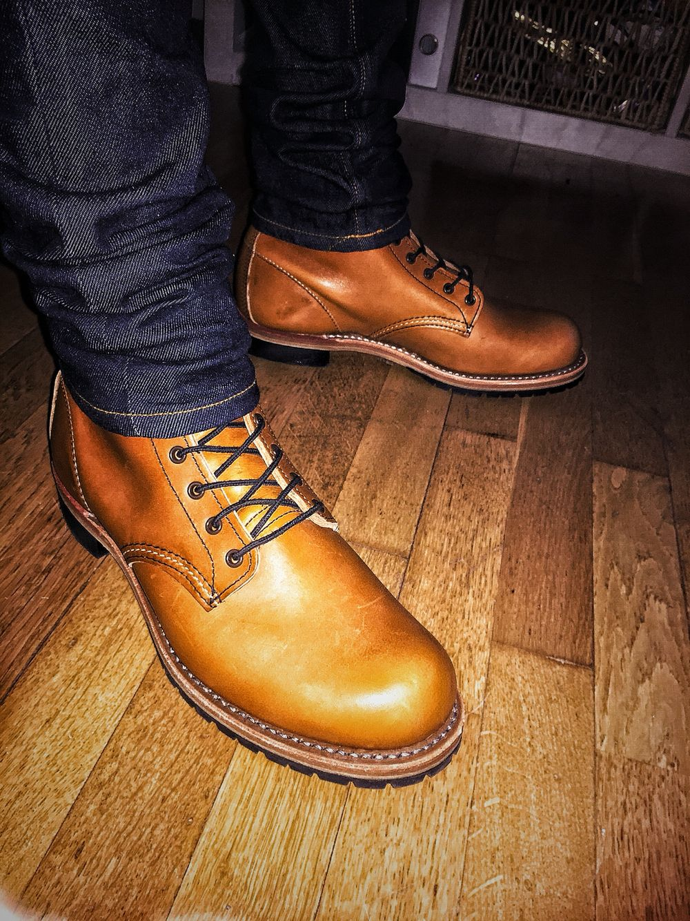 Red Wing Beckman Chestnut Featherstone Leather 9013 Brand