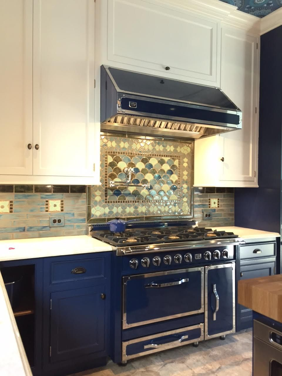 - Peacock Tiles Craftsman Style Kitchen, Unique Kitchen Backsplash