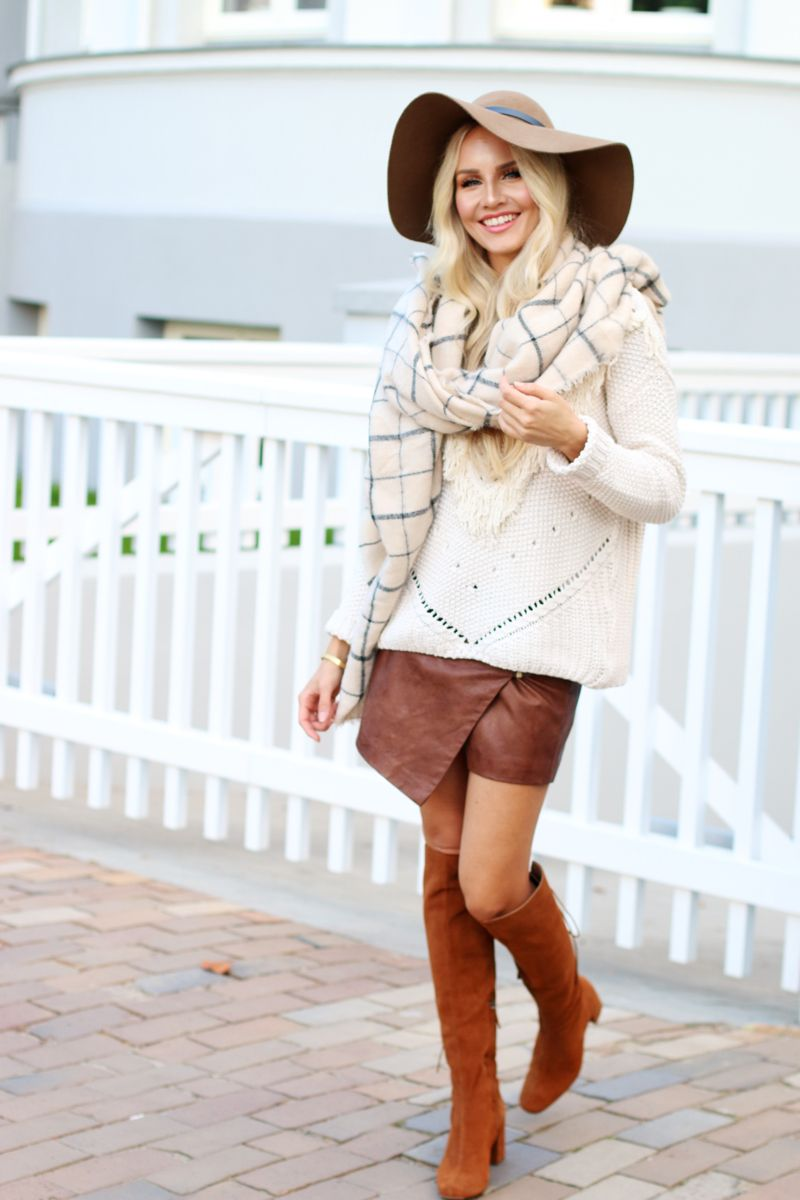 Outfit Faux Leather Skirt HM Knit Zara Gemometric Scarf Brown Suede Boots
