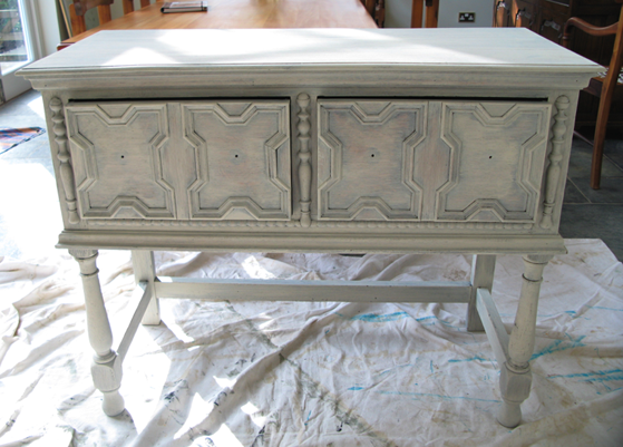 shabby chic furniture painting how to guide shabby shabby chic rh pinterest co uk Shabby Chic Colors Combinations what paint is best for shabby chic furniture