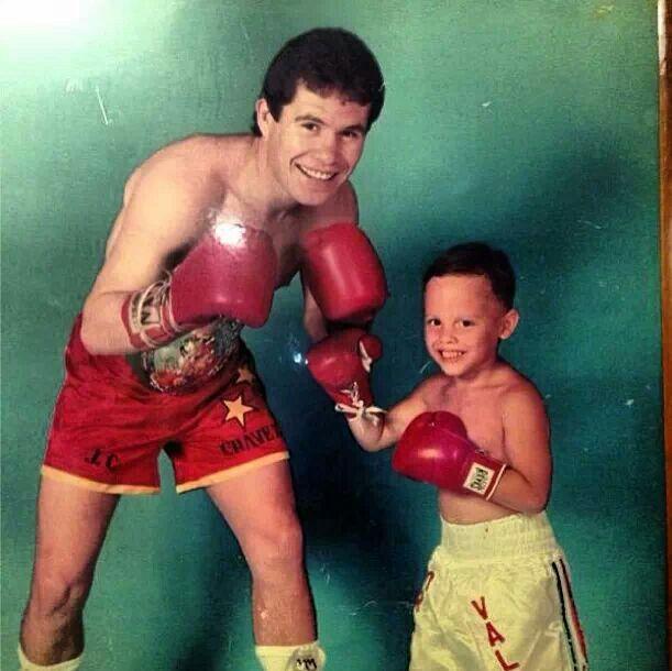 julio cesar chavez jr with his dad sr