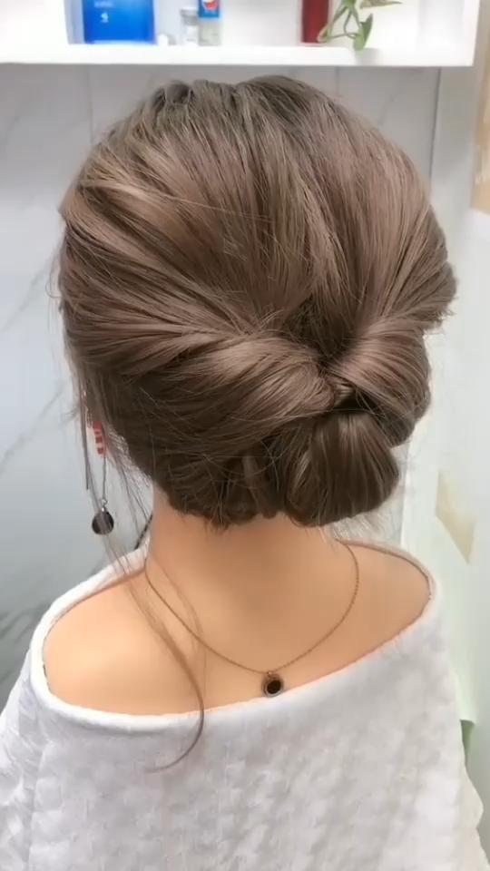 Easy and stylish short hair tutorial 007