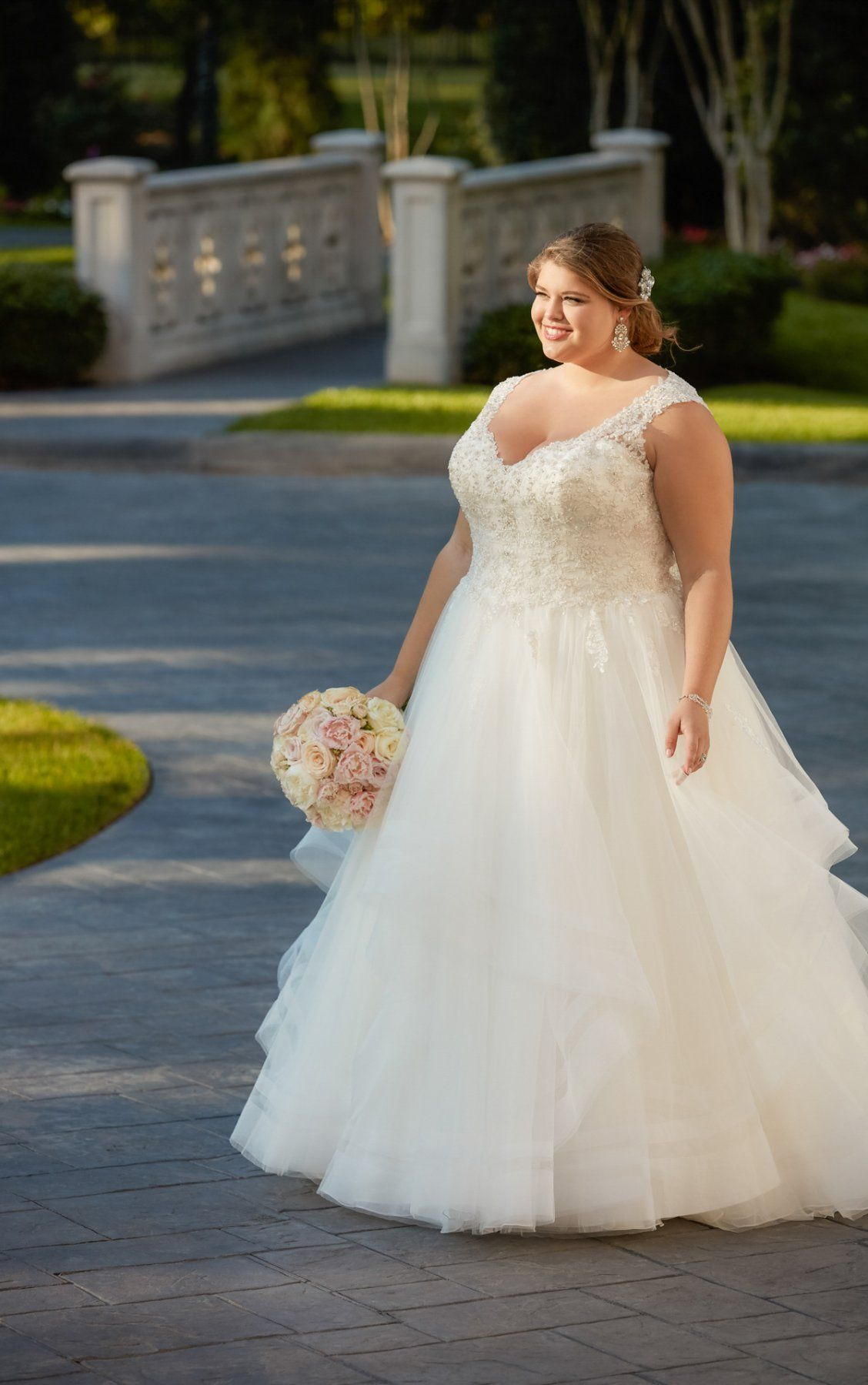 Wedding Dresses Princess Ballgown With Horsehair Skirt Stella York Ball Gowns Wedding Plus Size Wedding Gowns Ball Gown Wedding Dress [ 1799 x 1128 Pixel ]