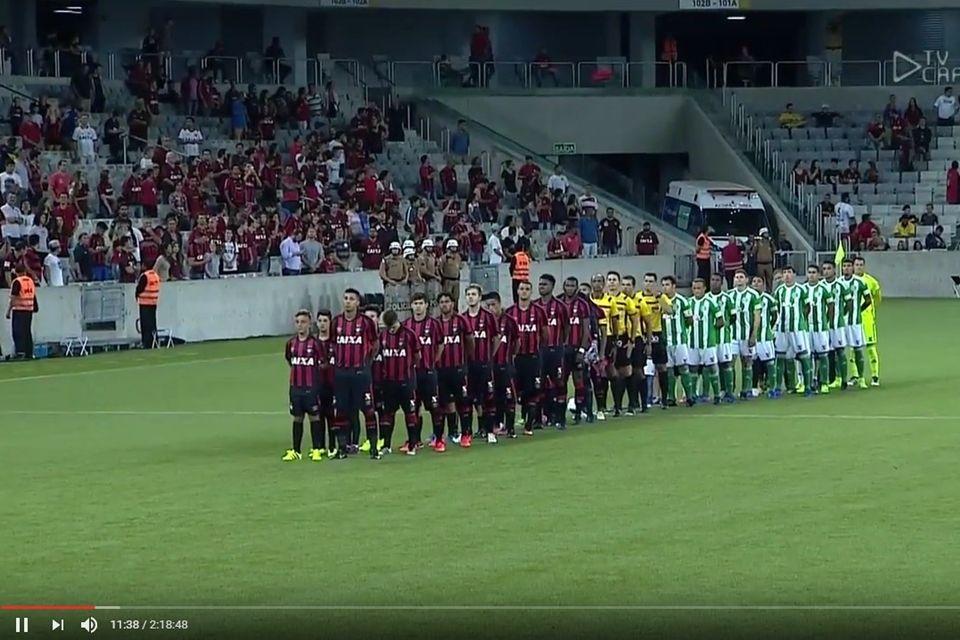Clássico do futebol brasileiro é sucesso em transmissão única pela internet
