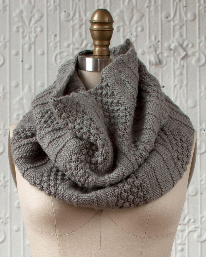 Free Knitting Pattern for Empalme Cowl - Sections of trinity stitch ...