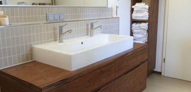 Doppelwaschbecken Mit Handtuchregal Mit Bildern Doppelwaschbecken Doppelwaschbecken Badezimmer Wasche